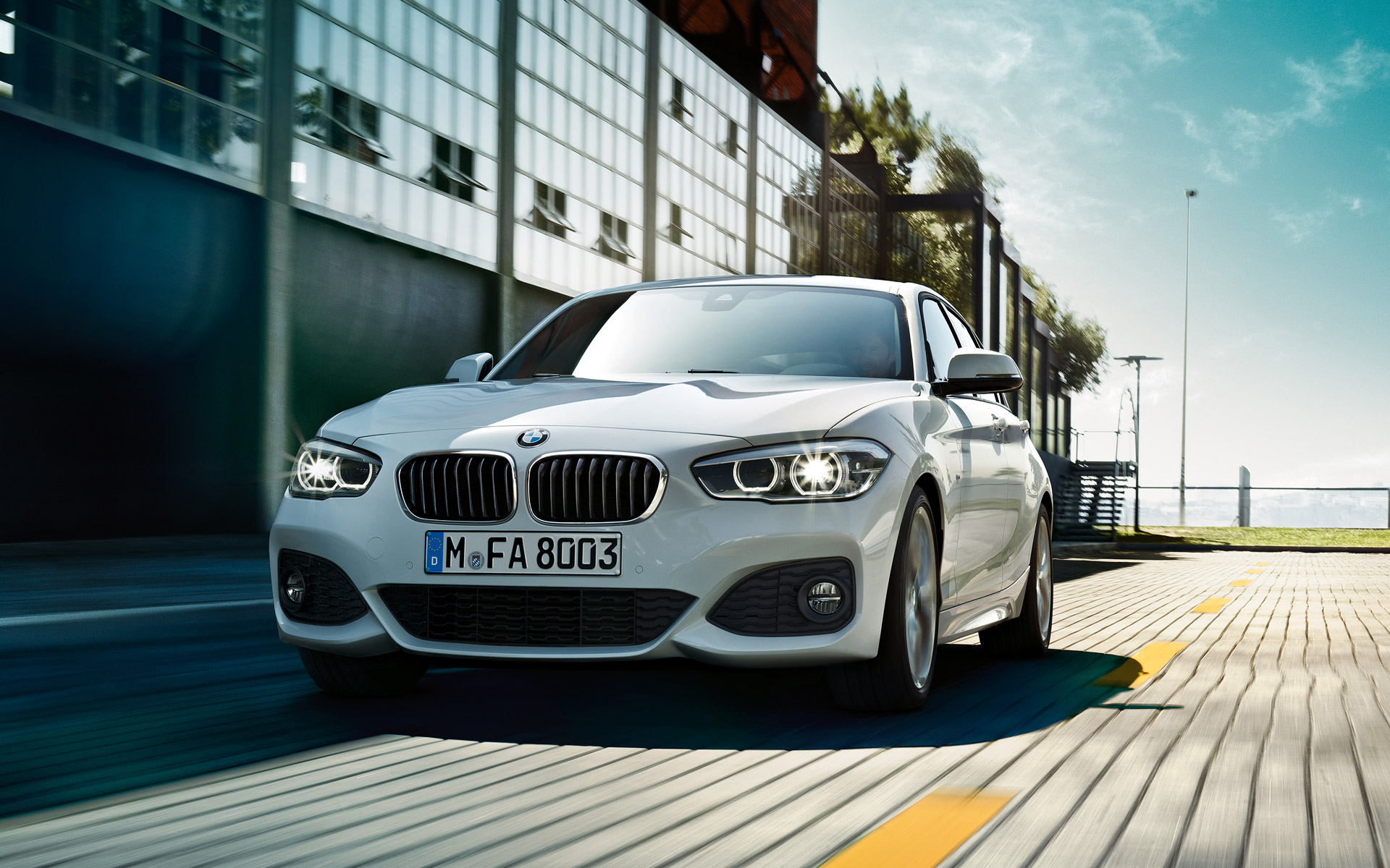 Driving Pleasure BMW 1 Series 5 Door